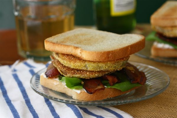 BLT Sandwiches with Candied Bacon, Lettuce, and Tomato Jam